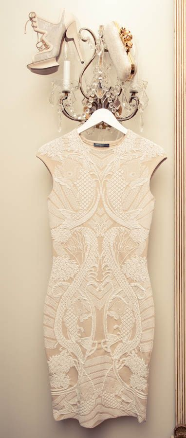 Looks so pretty and delicateAlexander Mcqueen, Alexandermcqueen, Receptions Dresses, Rehearal Dinner Dresses, Rehearsal Dinner Dresses, The Dresses, Rehearal Dresses, Lace Dresses, Rehearsal Dresses