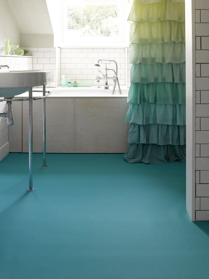 Types of bathroom flooring options