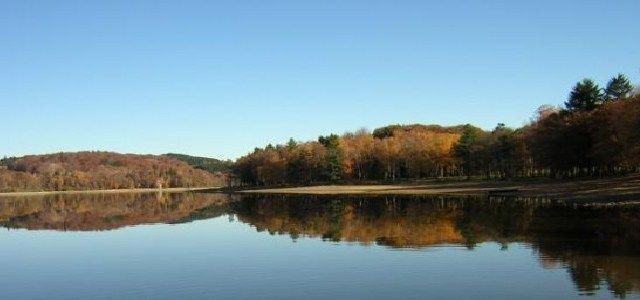 Le lac des Settons - http://www.activexplore.com/activity/le-lac-des-settons/