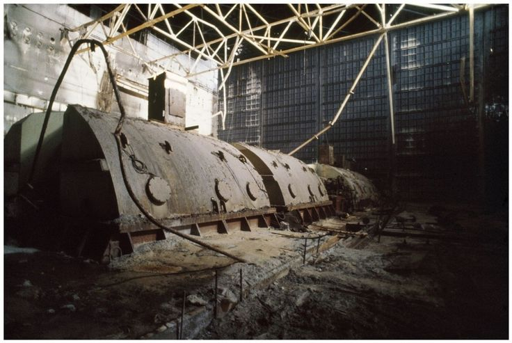 Russian Photographer Goes inside Chernobyl Reactor in 1990 | English Russia