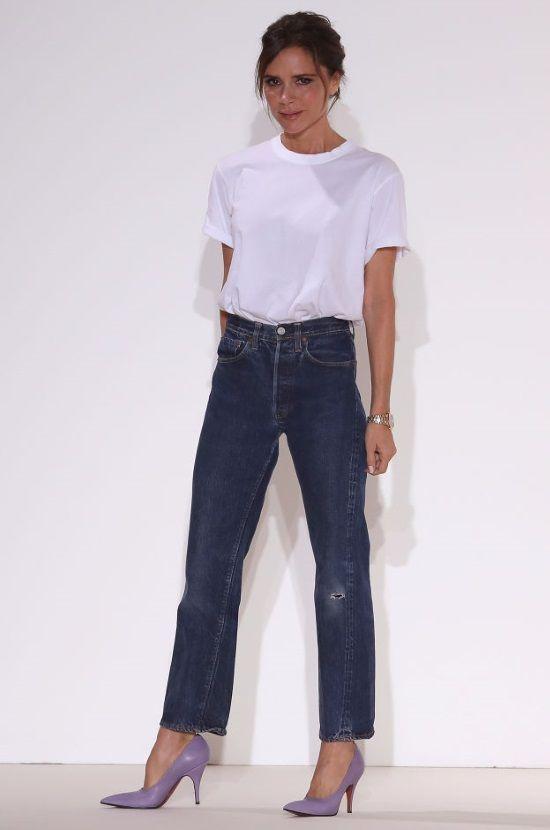 683f8678496 Λευκό t-shirt - μπλε τζιν: Πως επέλεξαν να αποθεώσουν αυτόν το συνδυασμό οι  σταρ. Πάρε ιδέες! - TLIFE