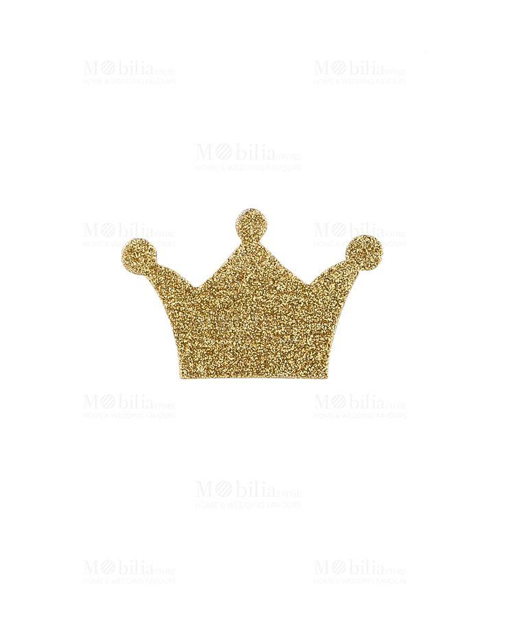 Set 12 Corone da Principessa con adesivo, realizzate con glitter oro dall'Azienda Cartai Bassanesi. Grazie a queste scintillanti Coroncine, potrai decorare e rendere magica la location della festa di compleanno della tua bambina. Sarà felice di sentirsi una bellissima principessa, come quelle dei cartoni!  Misura: Altezza 6 cm  Il prezzo è riferito all'intero set di 12 corone adesive.