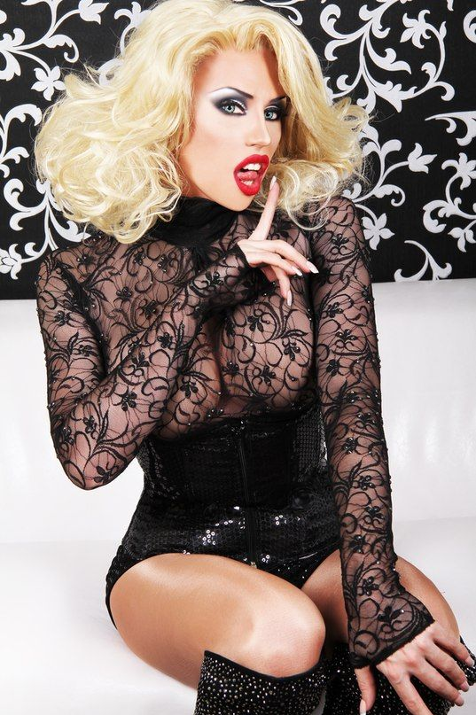 Crouching tranny hidden drag queen movie