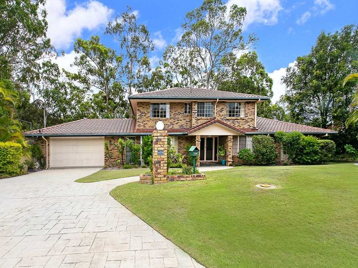 House: 4 bedrooms, 3 bathrooms, 2 carspaces for sale. Contact: Zuhre  Zavanna  re: 43 Wallaby Drive, Mudgeeraba