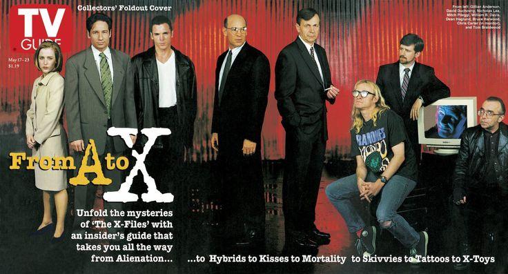 TV Guide May 17, 1997 - Gillian Anderson, David Duchovny, Nicholas Lea, Mitch Pileggi, William B. Davis, Dean Haglund, Bruce Harwood, Chris Carter and Tom Braidwood of The X-Files