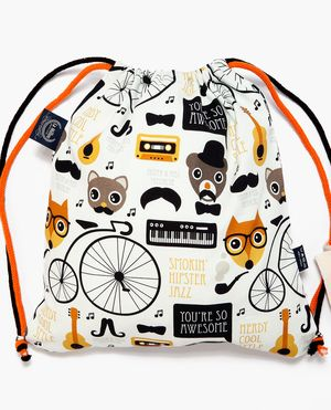 Cute hipster fox and jazz animal illustration pattern design made by Little Smilemakers Studio. Bag by La Millou