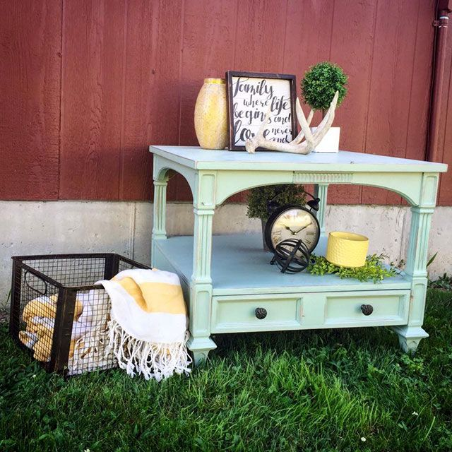 Know someone who needs a new piece of one-of-a-kind furniture or home decor this holiday season? Then you have to check out Junk Love Boutique in either California or Hermann, MO. They refinish old, run down pieces into beautiful, unique items that are perfect for the junk lover in your life.