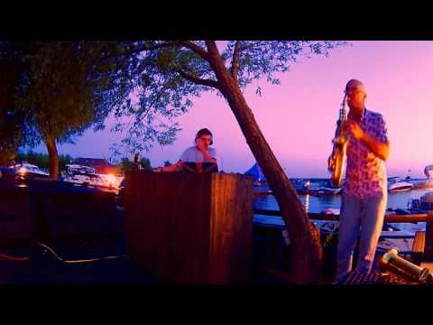 Sax & Dj - Improvisation at sunset - YouTube