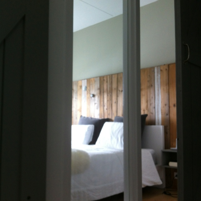Slaapkamer ontwerp ruim2 http://ruim2.nl/portfolio/slaap-kantoorruimte/