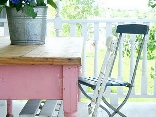 pink table: Chic Desk, Back Patio, Writing Desk, Kitchens Tables, Outdoor Area, Pink Desks, Pink Accent, Farms Tables, Pink Tables