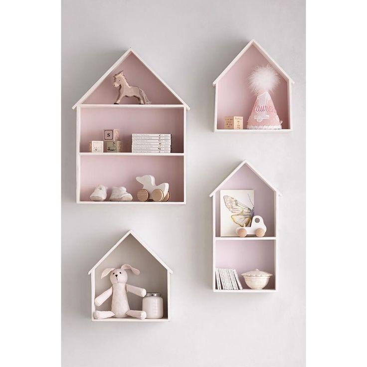 Las clásicas casitas con fondo. Puedes pedir fondo : blanco, rosado, gris , amarillo , menta y azul grisáceo!