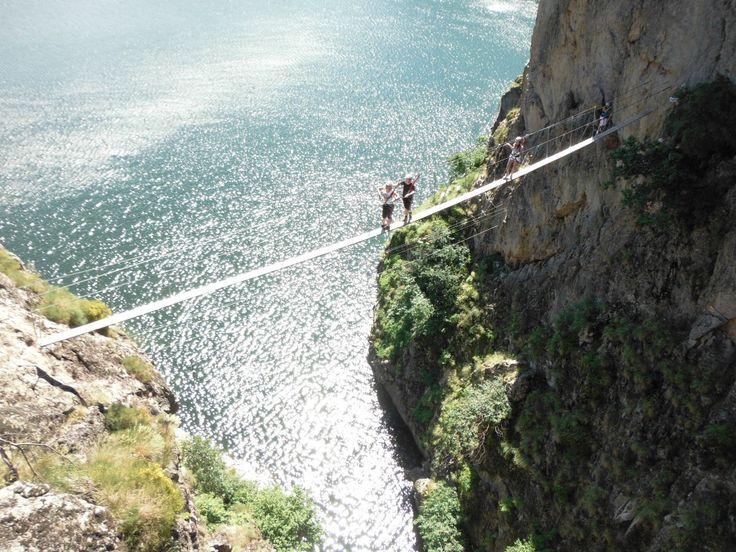 En Ardèche et Lozère : Passerelle de la Via ferrata de Villefort