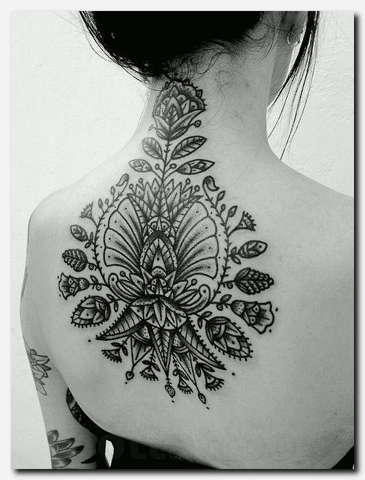 Tattooideas Tattoo Heart Name Tattoo Ideas Tatouage Croix Celtique
