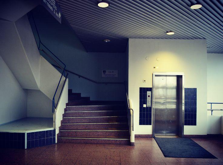 Isomyyrissä #taking #photos #stairs #elevator