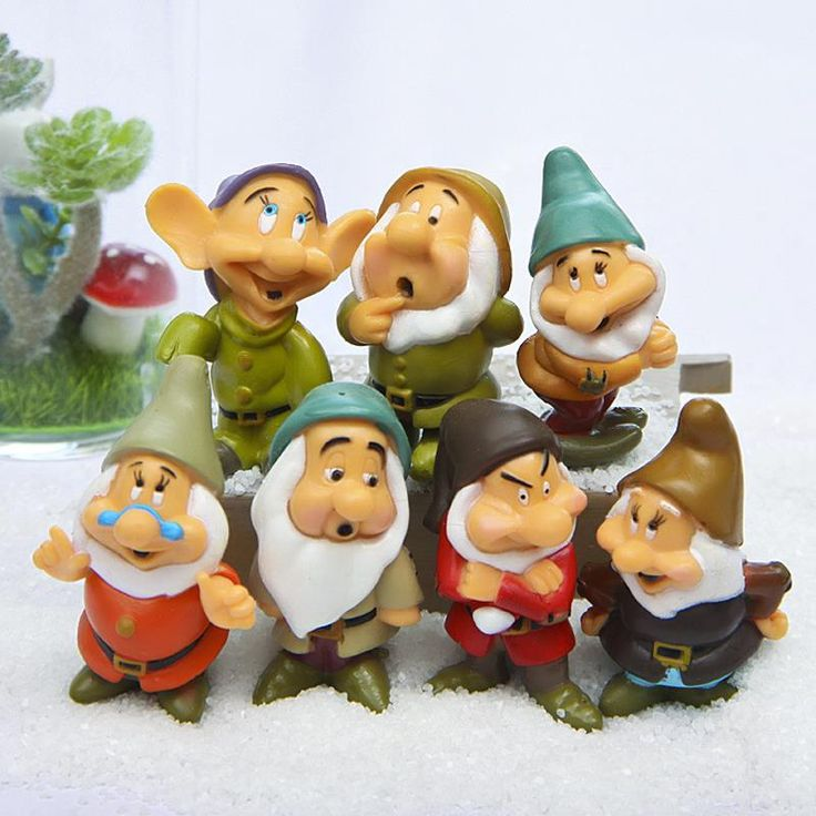 7Pcs Cartoon Snow White of the Seven Dwarfs Action Figures Set //Price: $12.58 & FREE Shipping //     #actionfigure