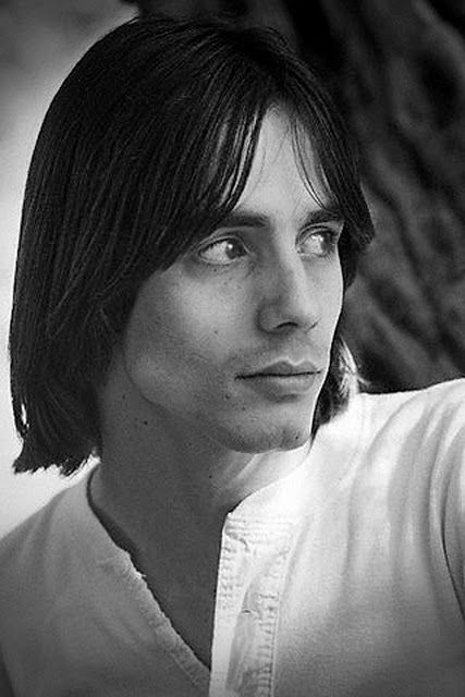 Jackson Browne - one of the few good talents to come out of the 70s (musically)