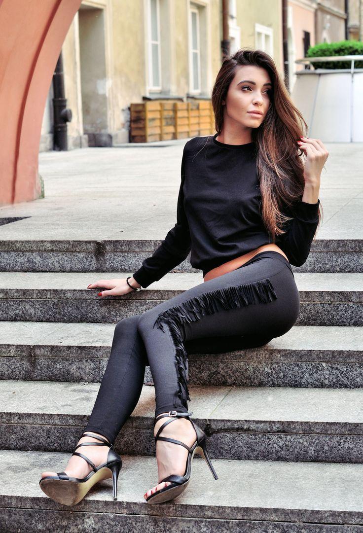 Spodnie z frędzlami i bluza short  www.poqash.pl