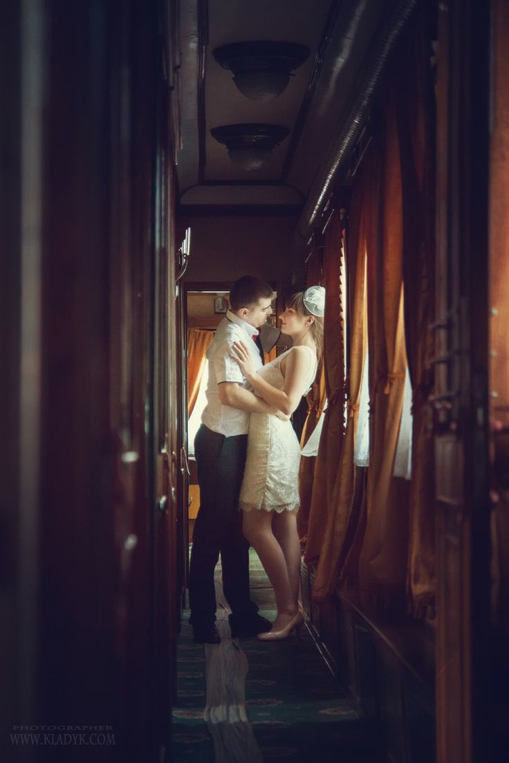 свадьба, жених, невеста, поезд