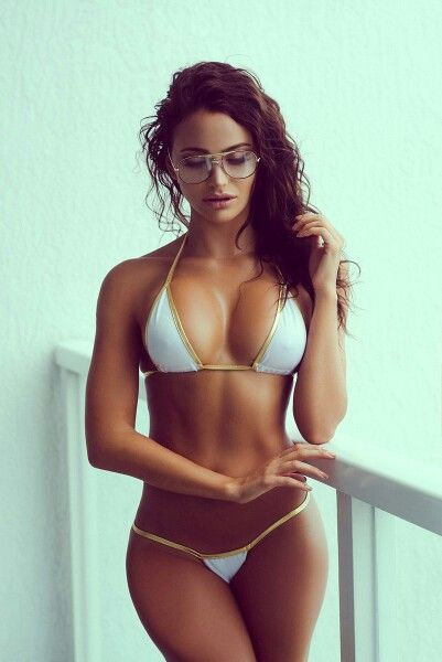 nude girls in specs