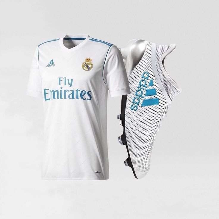 1/3 One of the cleanest @adidasfootball combos you're ever likely to see Do you agree COMMENT below