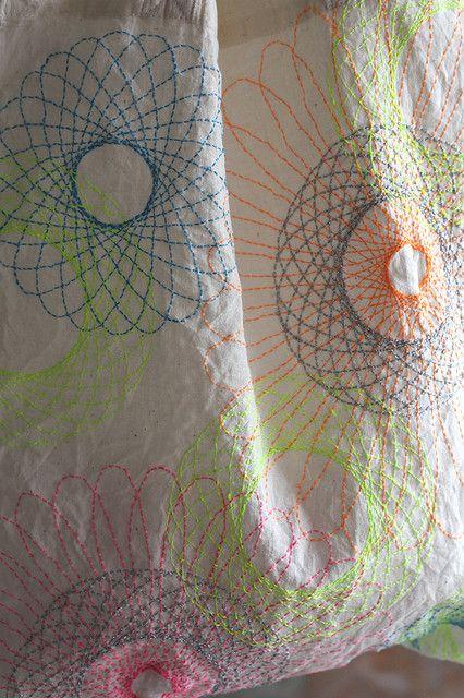 Embroidery - ecobag:spirograph