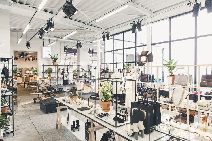 urban outfitters barcelona - Buscar con Google