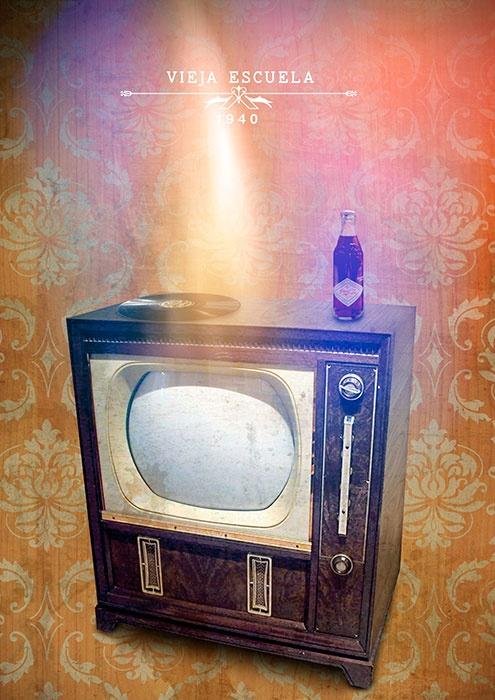 Televisor Vintage , Foto montage