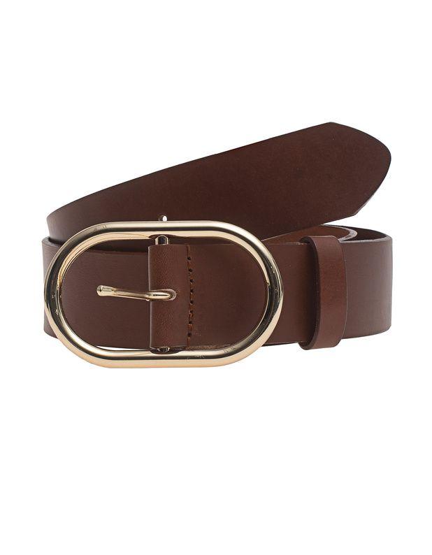 Ledergürtel Cognacfarbener Gürtel aus hochwertigem Leder im cleanen Look mit goldfarbener ovaler Schnalle.  Ein absolutes Must-Have für alle, die Wert auf Qualität und Stil legen!