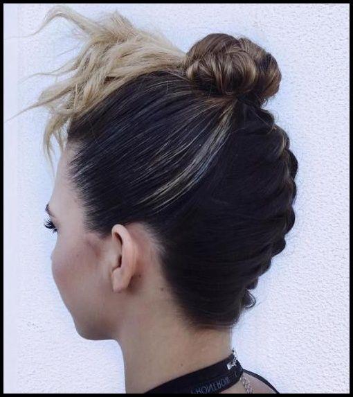 20 niedliche umgedrehte französische Zopf-Ideen | Frisuren Club … | #langhaarfrisuren2019 #frisuren #trendfrisuren #neuefrisuren #haarschnitte #frauen #langefrisuren #winterfrisuren   – Einfache Frisuren