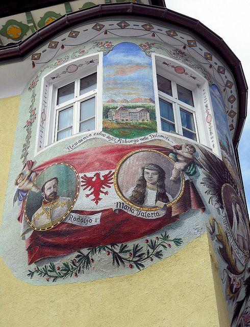 Pitture murali Hotel Dolomiti, Canazei