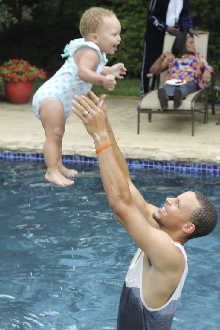 Stephen Curry and Riley