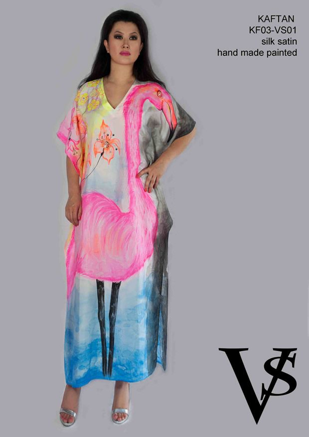 "Kaftan KF03-VS01 - Composition 100% Silk Satin - Hand Painted - Sizes Italian (from 38 to 62 tailored) - Limited Edition Series (maximum 100 Pieces for model) - ""Violetta Smik"" is produced by Sephirot Productions of Milan under the brand ""4SuckerS"" - 100% MADE IN ITALY - 100% NATURAL FIBRES AND ECOLOGICAL - 100% HAND PAINTED - 100% HAND EMBROIDERED - Try it to believe! Authorized seller: Showroom SD Multibrand Milano street Visconti di Modrone 30. www.violettasmik.com"