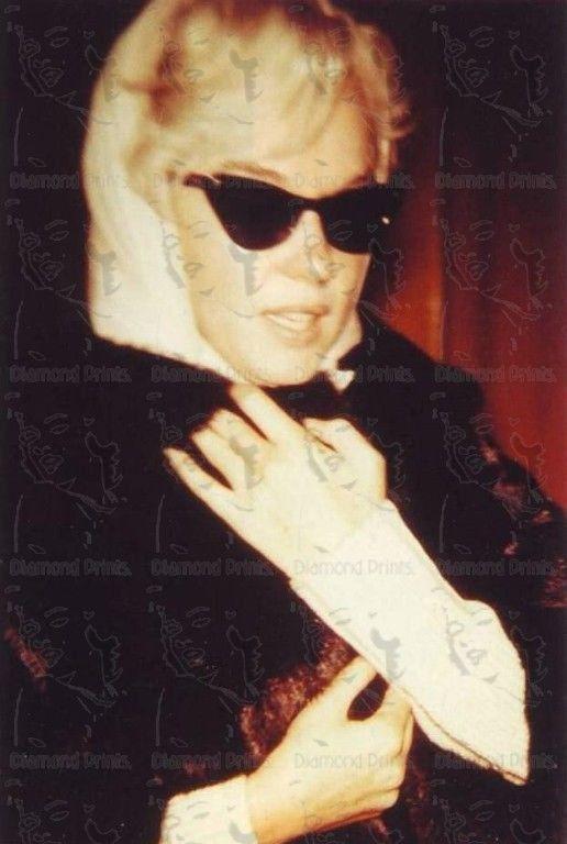 COOL RARE Marilyn Monroe shot by Paparazzi 50s by RareRetroStuff, $9.99