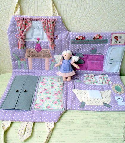 Домик-сумочка подарок девочке развивающая игрушка Ярмарка мастеров Ольга Вайда кукольный домик ручная работа handmade купить в СПб