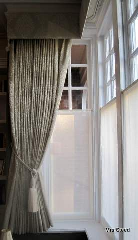 Bay window curtains, pelmet & voile panels www.mrssteed.wordpress.com