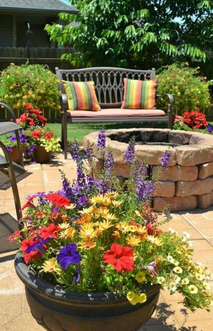 Pin by Diane Brassard on Gardenscapes to love and other