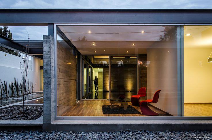 Gallery of TCH House / Arkylab - 13