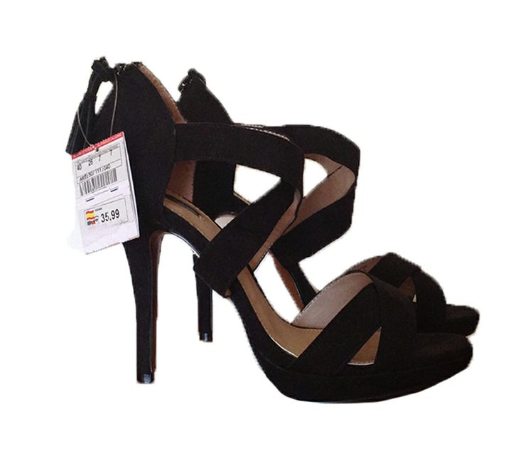 Sandalias de tacón negras Pull and Bear 25.00€