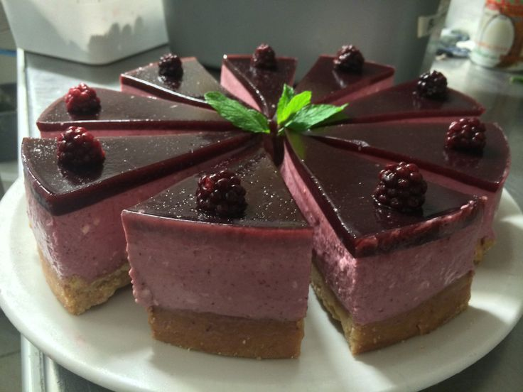 Mixed-Berry cheesecake