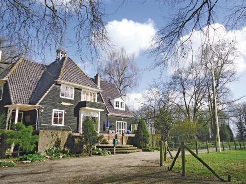 270 gezellig rommelig huis, uurtje van amsterdam, vrij staand 3 uur rijden