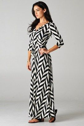 Love the wrap style on this Black and White Graphic Maxi from CatchBliss.com!