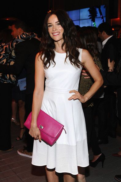 Abigail Spencer Photos - Actress Abigail Spencer carrying Coach, attends Coach's 3rd Annual Evening of Cocktails and Shopping to Benefit the Children's Defense Fund hosted by Katie McGrath, J.J. Abrams and Bryan Burk at Bad Robot on April 10, 2013 in Santa Monica, California. - Evening of Cocktails and Shopping Charity Event