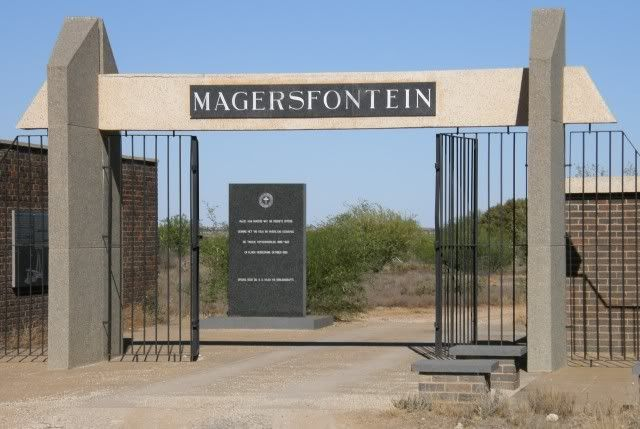 This Day in History: Dec 11, 1899: The Battle of Magersfontein http://dingeengoete.blogspot.com/ http://i189.photobucket.com/albums/z46/Trailrider_album2/Ride%2520Reports%25202008/Love%2520and%2520War/Magersfontein.jpg