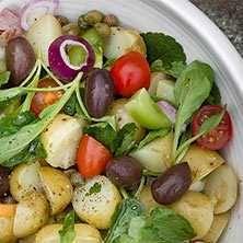 Färskpotatissallad med kapris - Recept - Tasteline.com
