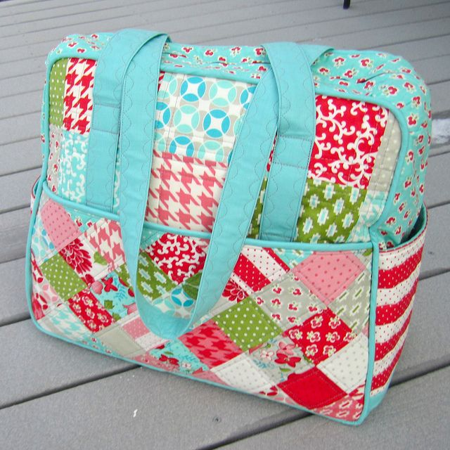 Weekender by Happier Than a Bird Quilts by HappierThanABirdQuilts, via Flickr