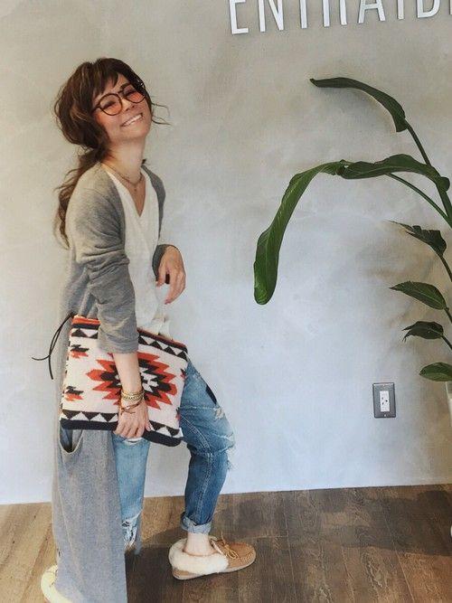 Minnetonkaのモカシン/デッキシューズ「【MINNETONKA】 ミネトンカ  シープスキンモカシン(アルパイン)」を使ったSHIORI HIRAI◡̈のコーディネートです。WEARはモデル・俳優・ショップスタッフなどの着こなしをチェックできるファッションコーディネートサイトです。