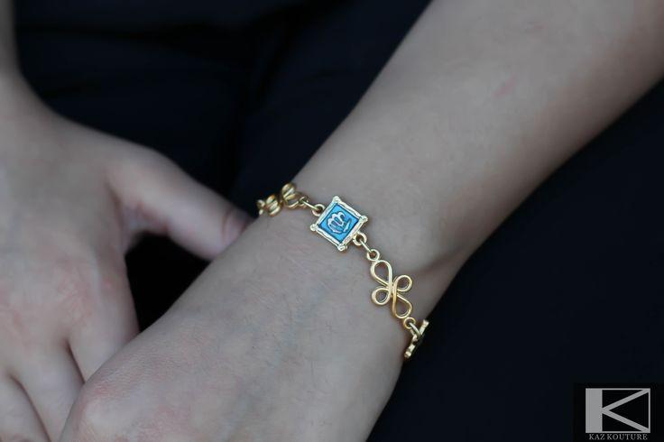 "KAZ KOUTURE: Allah ""God"" Chain Bracelet #kazkouture #fashion #bracelet #goldplated #jewelry #accessories #armcandy #princess #fashionista #turkish #arabiccalligraphy #muslimfashion #abaya #hijabi #hijab #arabfashion #scarf #muslim"