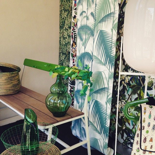 Springtime outside & in our shop window! #thefrozenfountain #green #spring #amsterdam #designstore #wallpaper