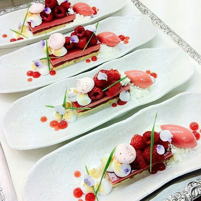 Raspberry/ rubarb bar, Italian merengue and white chocolate @annekeverhagen1248 - #raspberry #rhubarb #chocolate #theartofplating #pastry #pastrychef #patisserie #patisseriechef #koppertcress #eatdrinkliveenjoy #chefsoninstagram #instafood #cookordie #chefsofinstagram #CulinaryTalents  #ChefFrancisco