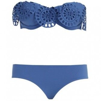 Mavi bikini modeli
